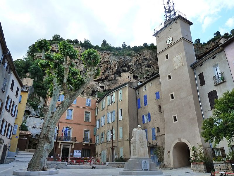 Cotignac et l'histoire de la Sainte famille